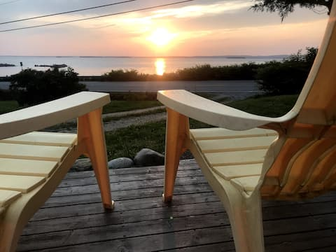 Stunning ocean views with sunsets over Mahone Bay