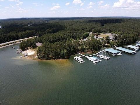 Cozy Lake/Golf Gateway