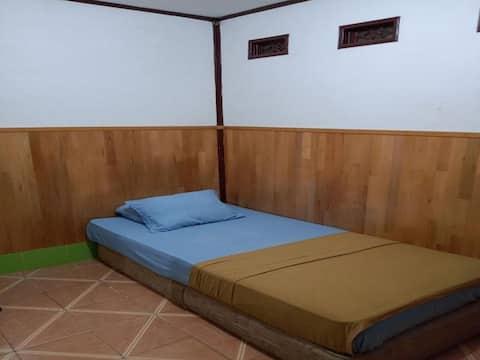 Premium Room at Rooms at Meyjen Sutoyo 26