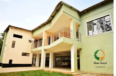 Lovely 2 bedroom rental unit, parking on premises
