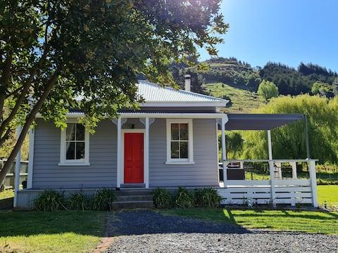 美丽的Kereru小屋……提供所有服务
