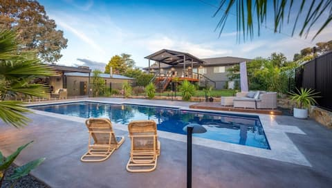 Blueberry cottage -a pool,a kids play area &house