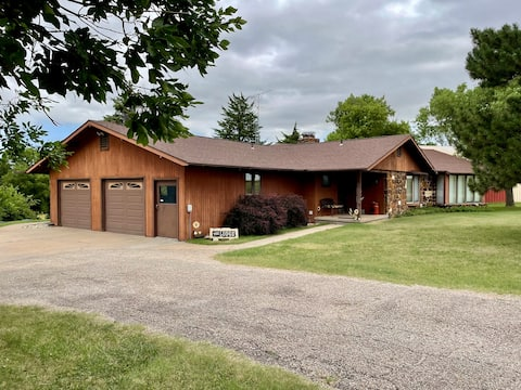 Prairie View Lodge