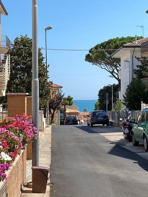 Independent apartment, 500m from the sea