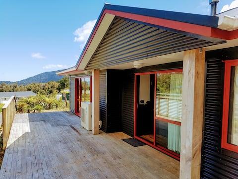 Comfortable 3 bedroom house in Franz Josef