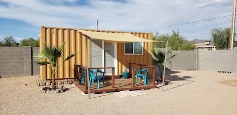 Casita with hiking, biking and shopping all nearby
