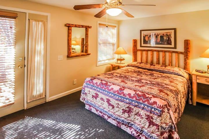 Let's Cuddle! - Multi Resorts at Jackson Pines