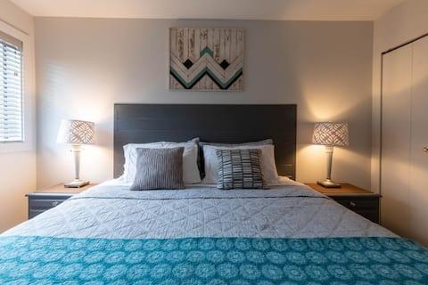 Cute 1 bedroom Ski In Ski Out!!!