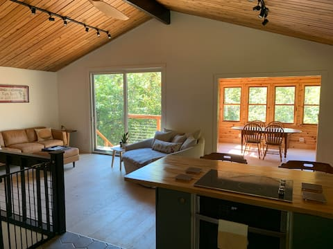 The Driftless Cottage
