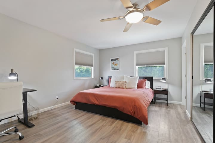 Master Bedroom - Kingsized bed with memory foam mattress and ceiling fan