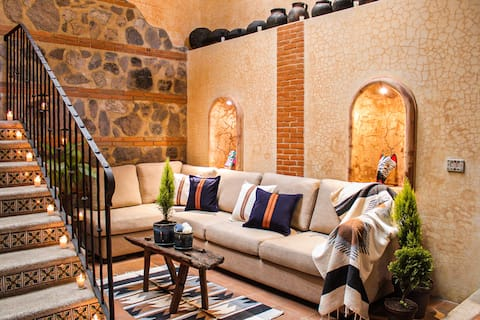 ¡Colonial Loft with terrace and great location!
