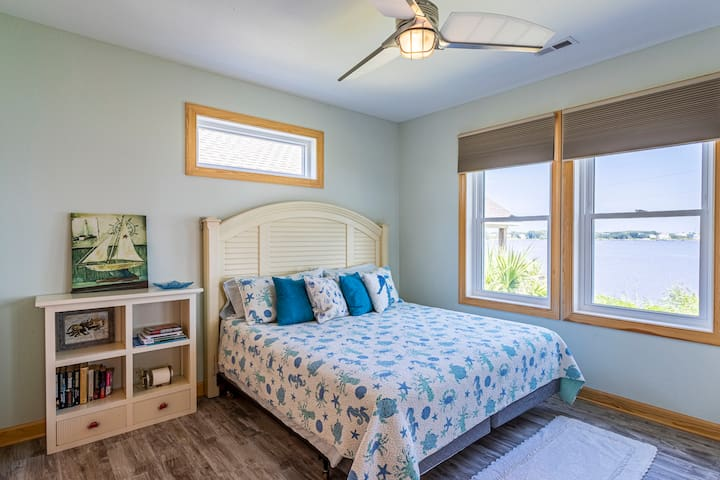 Master bedroom with King bed and views of the bay.