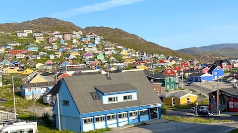 I ❤️ af Qaqortoq.  In the ❤️ of Qaqortoq.