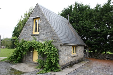 Barngables Stone Cottage, Connemara, Co. Galway