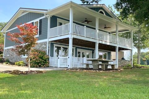 The Good Life Lake House