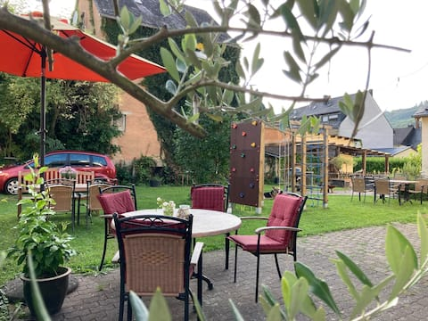 New holiday apartment with a view of the Moselle