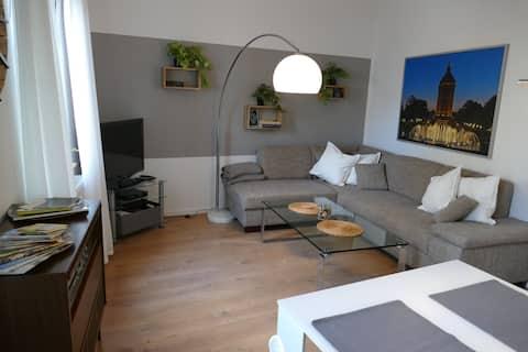 Stilvoll moderne Zwei-Zimmer Wohnung