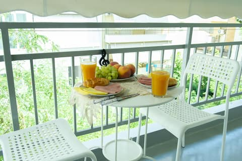 Boutique stay in Kallithea - The Music Room