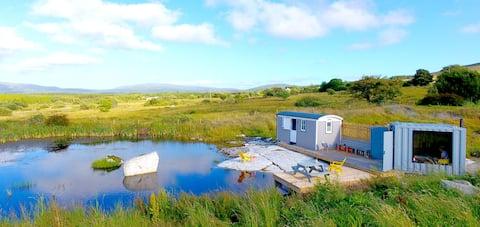 Waterfront hideaway - sea, lake & mountain views !