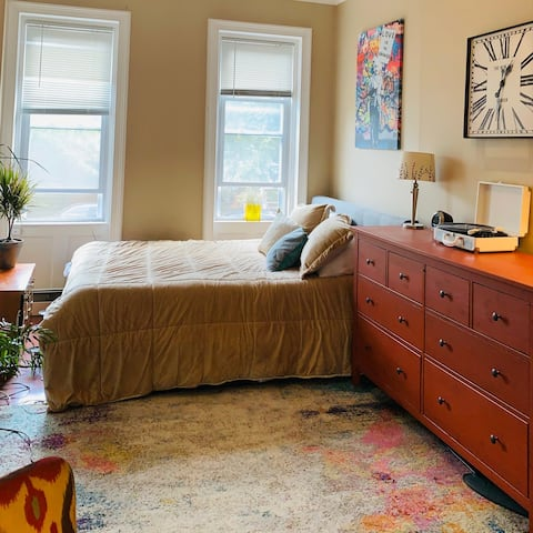 Lovely  2 Bed/Studio  in Brownstone 7-min to NYC
