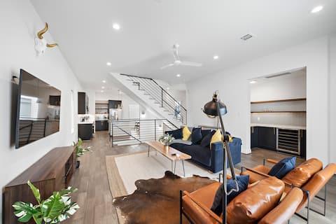 Rustic Mid-Century Modern 3BR House - Galleria