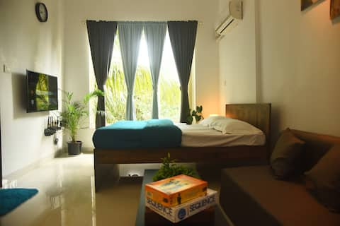 Fully Equipped 1 BHK with Pool and Gym - The Haven