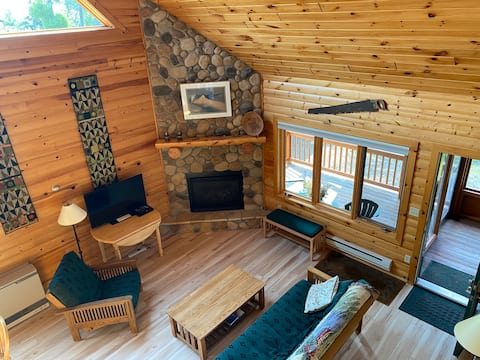 Three Bedroom Lodge with View of Lake Superior