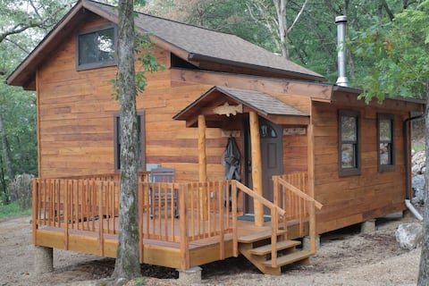 Dogwood Hill Trout Cabin - White River Valley