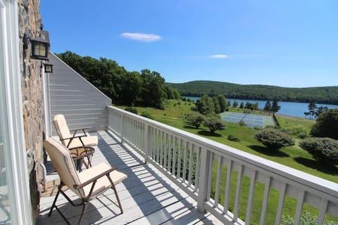 Serene 3BR Lake House w/ breathtaking views