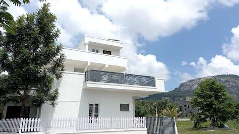 Nandhi foothills villa