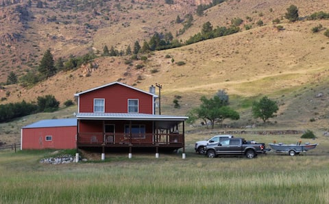 Private Ranch Property Minutes to Yellowstone NP