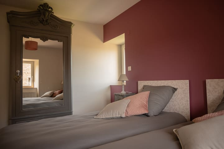 Chambre deux lits 90*200
