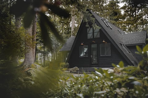 Lakeview A-frame in the Trees - Hudson Valley