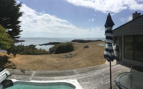 Kanaka Bay 3 Bed Waterfront Getaway
