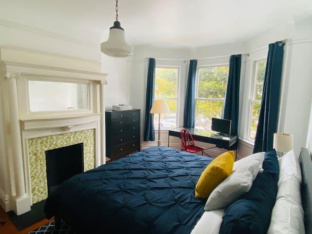 Main Bedroom Photo