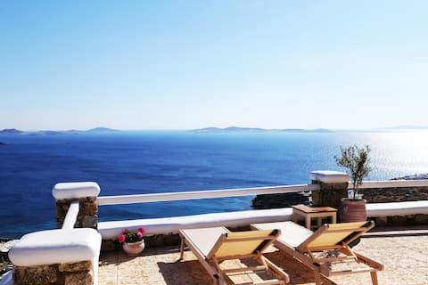 Honeymoon Suite * La Maison Blanche Mykonos