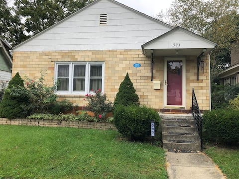 Cheerful 2 bedroom residential home in Nelsonville