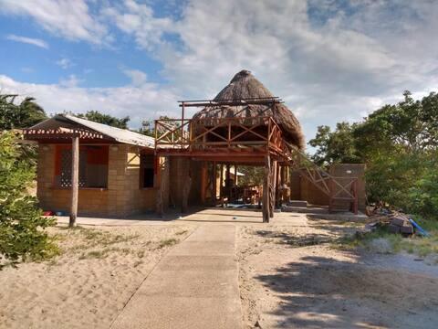 Tambo Marina EcoHostal