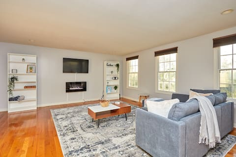 PGH Retreat★Steps To Amazing City Views★King Suite