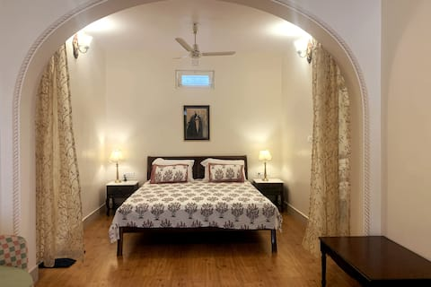 Apartment with Terrace in the Paradise of Udaipur