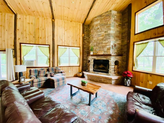 AWESOME COZY LIVING AREA WITH MASSIVE FIREPLACE!!