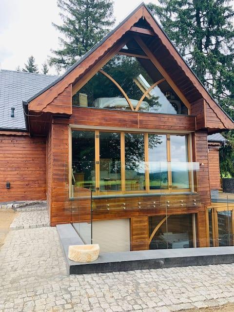 Exkluzívny dovolenkový dom s vírivkou a saunou