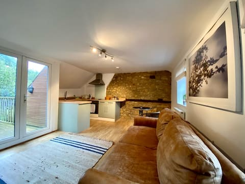 18th Century Stone Cottage Annex -Self Contained