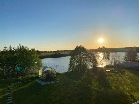 Домик на реке Дубна с собственным выходом к воде.