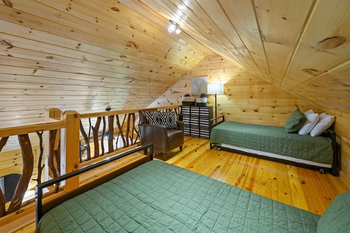 Loft area - twin beds with trundles