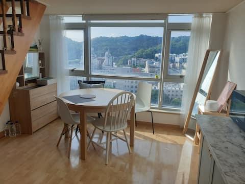 (2~4인, 독채) Oryu-dong, wonderful view 2story Studio