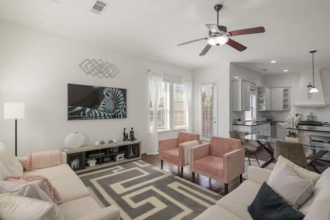 ✨Stylish Upscale 3 bedroom home 10 mins from DFW✨