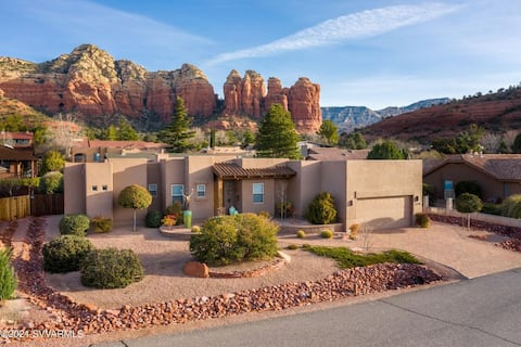 Red Rock Sanctuary - West Sedona with great views
