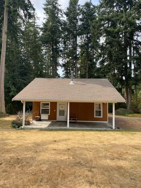Rustic 1-Bedroom Guesthouse In Quiet Location