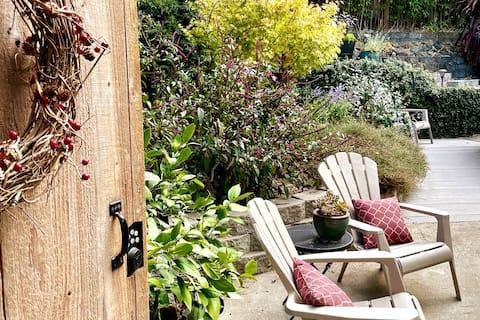 Private garden retreat